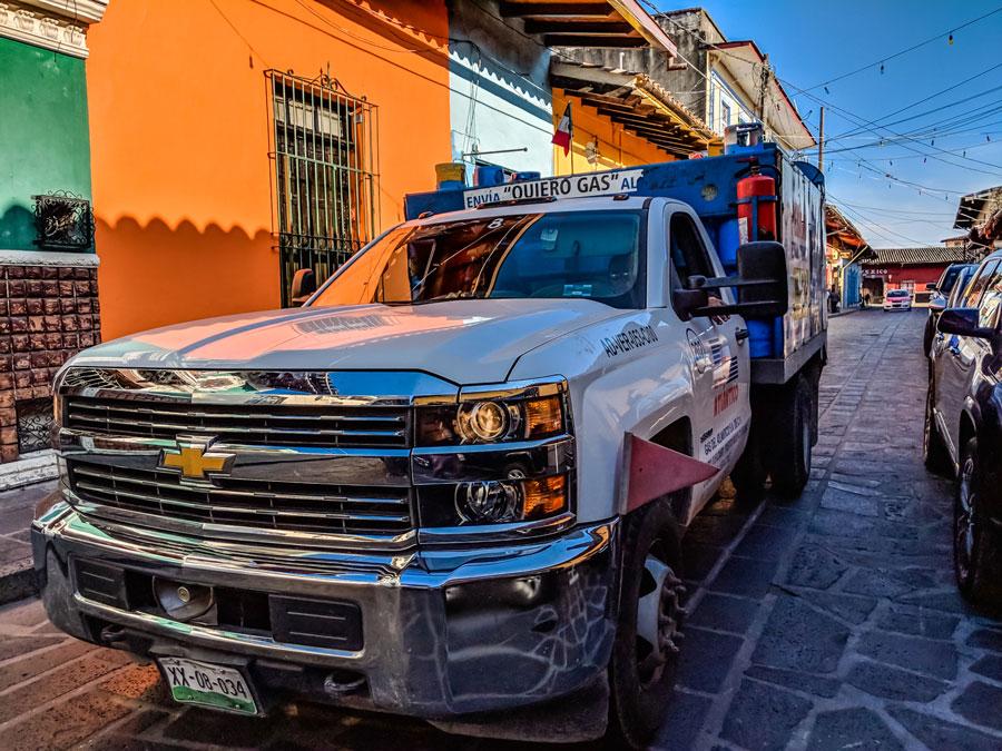 9vangardist_mexiko-Auto